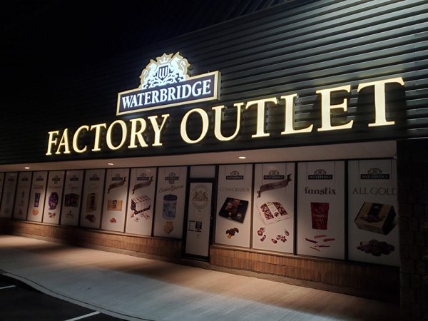 Insight Signs and Graphics - Hire the best channel letters sign service provider to gain more visitors to your store
