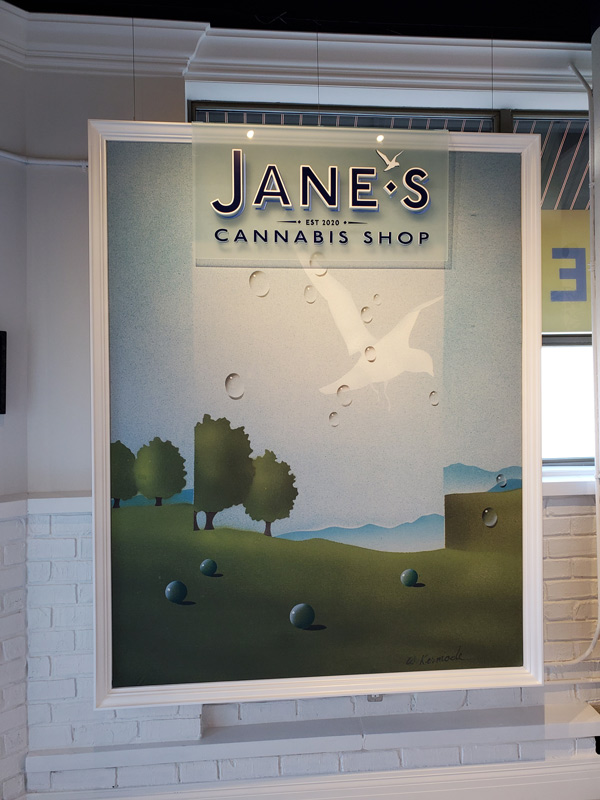Get an amazing retail signage from Insight Signs and Graphics in Aurora, ON